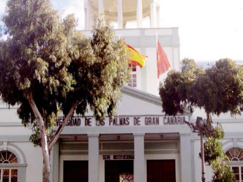 Universidad de Las Palmas de Gran Canaria Red de Media y Baja Tensión y Estación Transformadora del Campus de Veterinaria