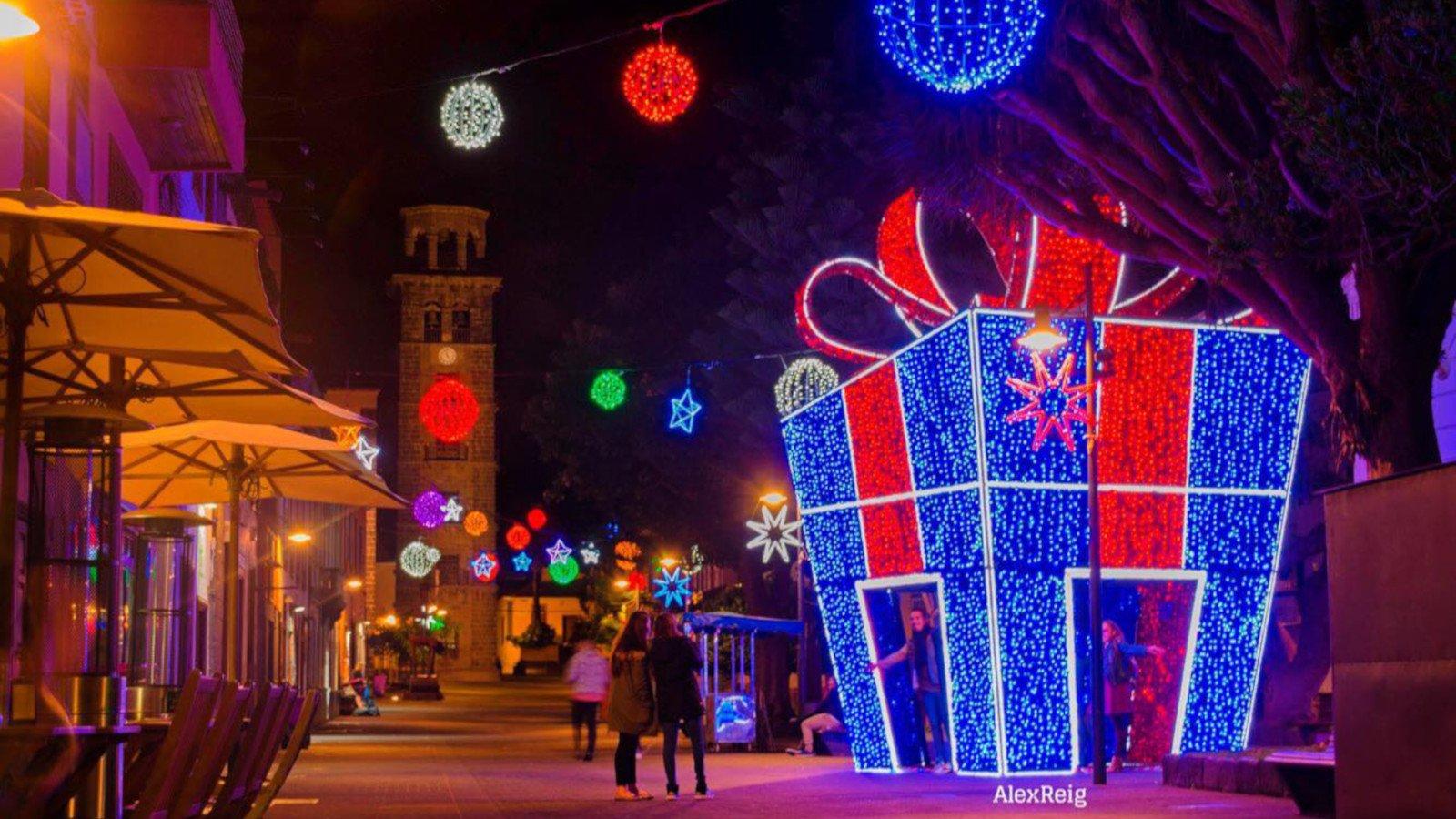Iluminación ornamental y de fiestas